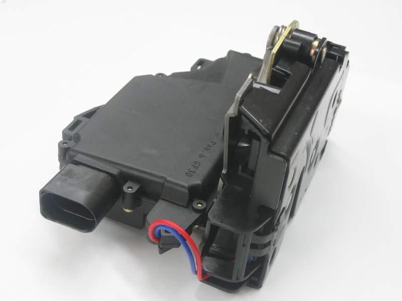 Első ajtózár szerkezet mikrokapcsolóval